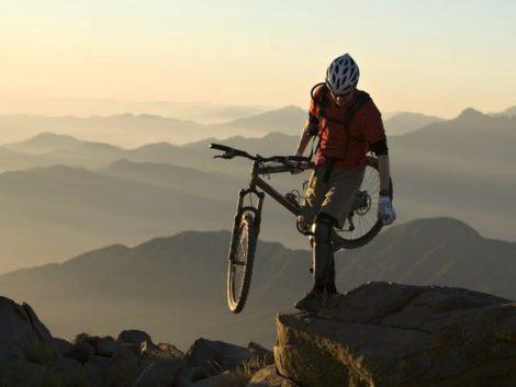 Cyklistika na Korsice je zážitek.