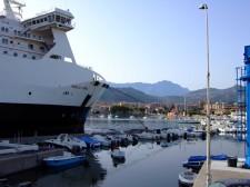 L'lle-Rousse má také velký přístav